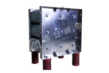 MOV voltage limiter for series compensator