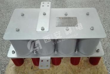 Voltage limiter for DC circuit breaker